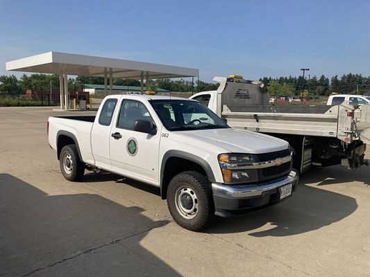 (9) 2008 Chevy Colorado Extended Cab 3.5L 5 Cyl 4×4 (131,518)